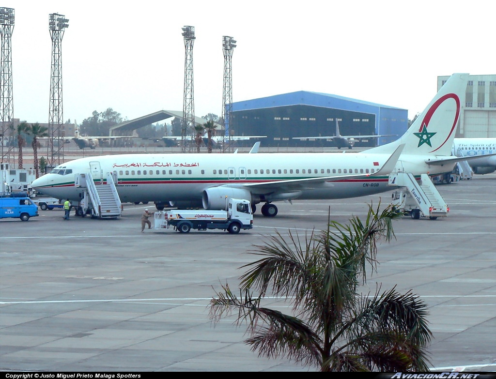 CN-ROB - Boeing 737-8B6 - Royal Air Maroc