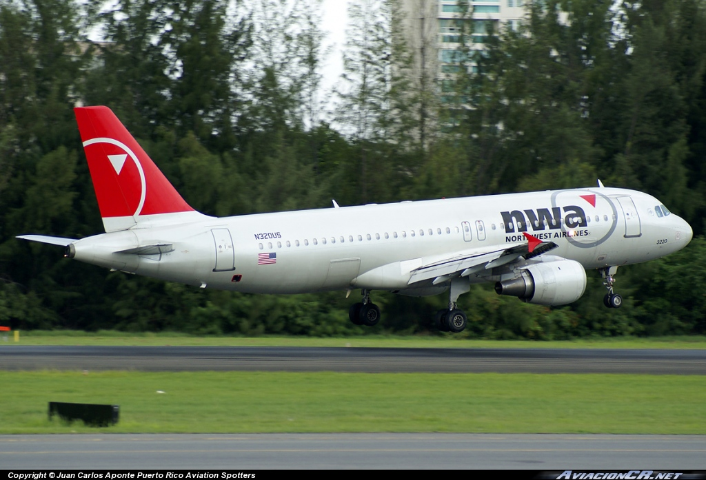N320US - Airbus A320-100 - Northwest Airlines