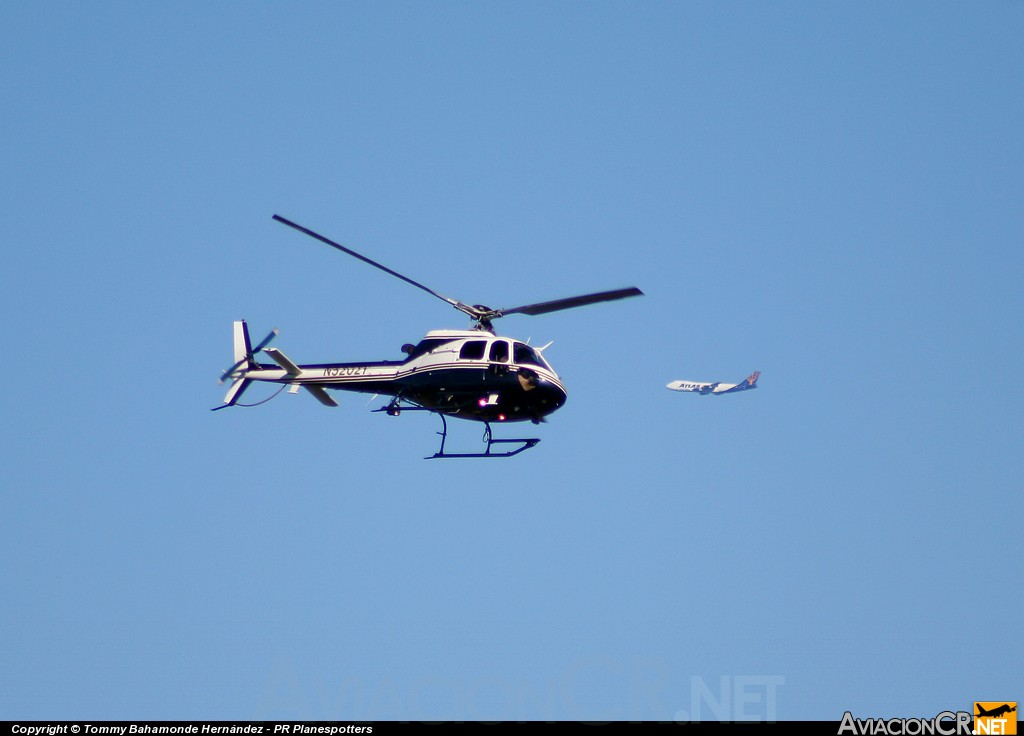 N5202Y - Eurocopter AS-350B3 Ecureuil - United States Customs National Aviation Center