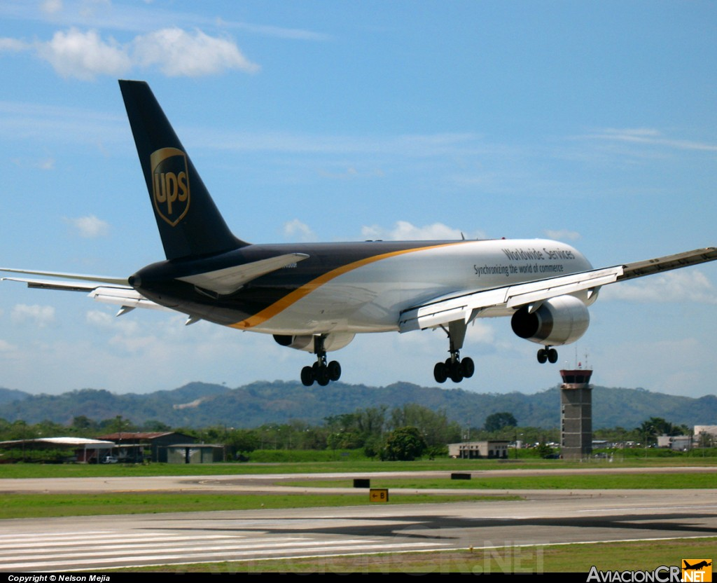 N456UP - Boeing 757-24A/PF - UPS - United Parcel Service