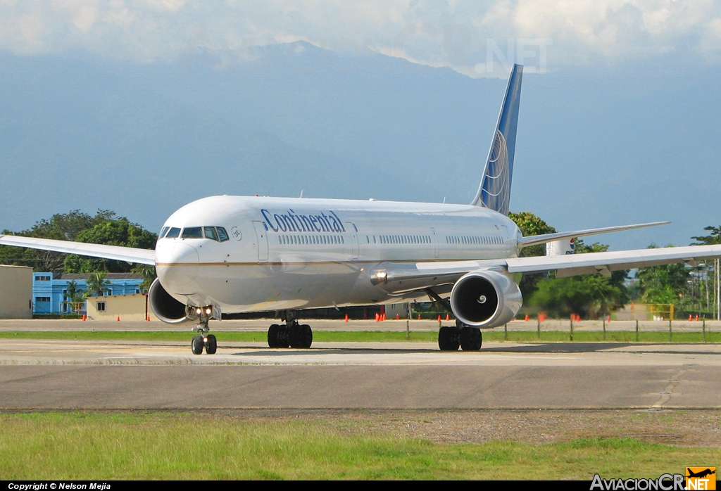 N69063 - Boeing 767-424/ER - Continental Airlines