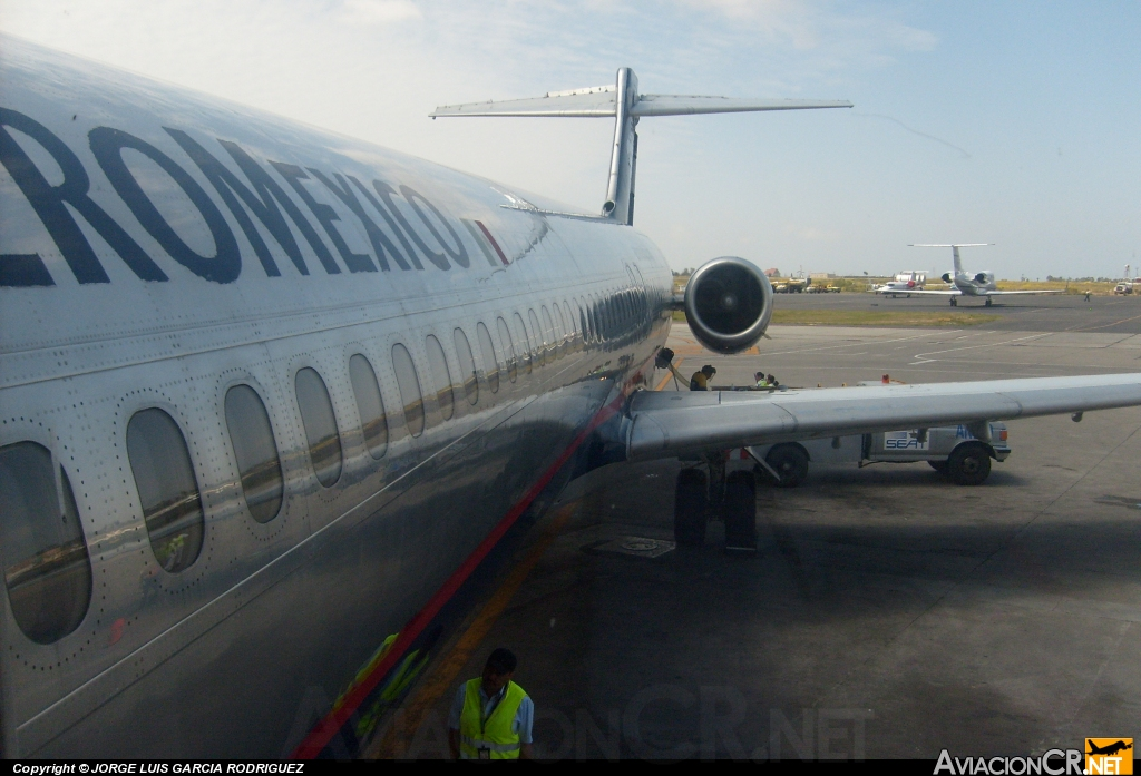 N216AM - McDonnell Douglas MD-87 (DC-9-87) - Aeromexico