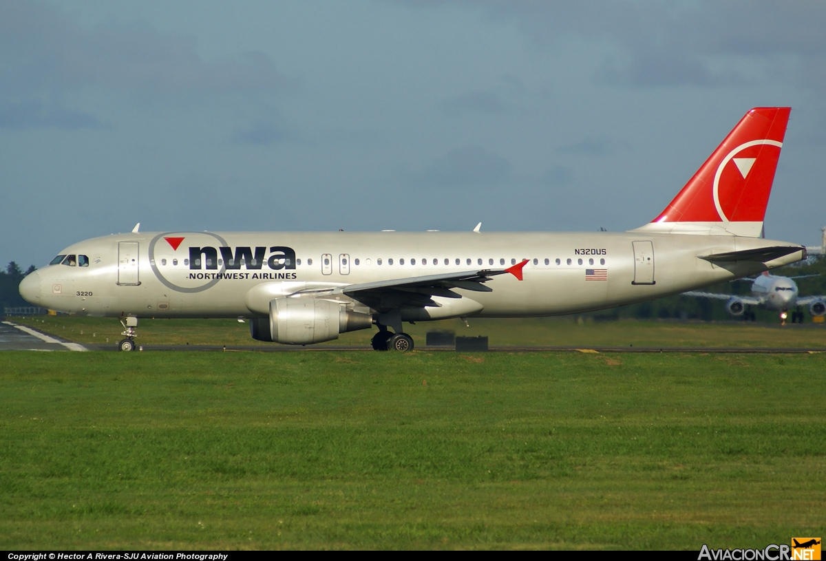 N320US - Airbus A320-211 - Northwest Airlines