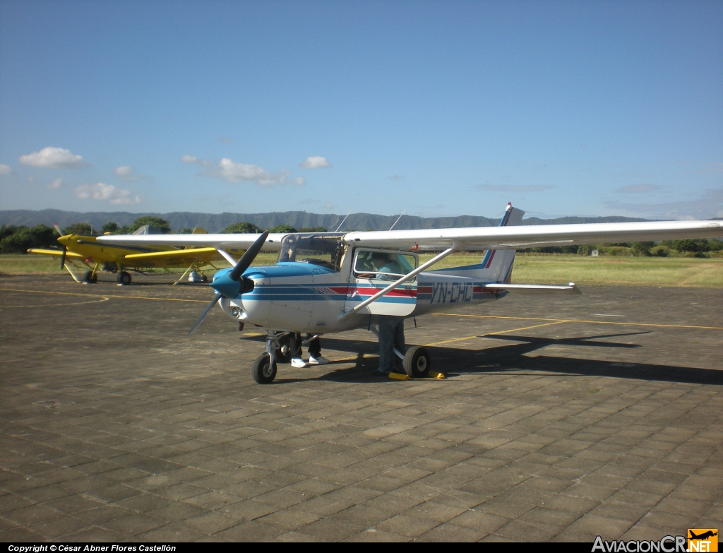 YNCHC - Cessna 152 II - GOLDEN WINGS