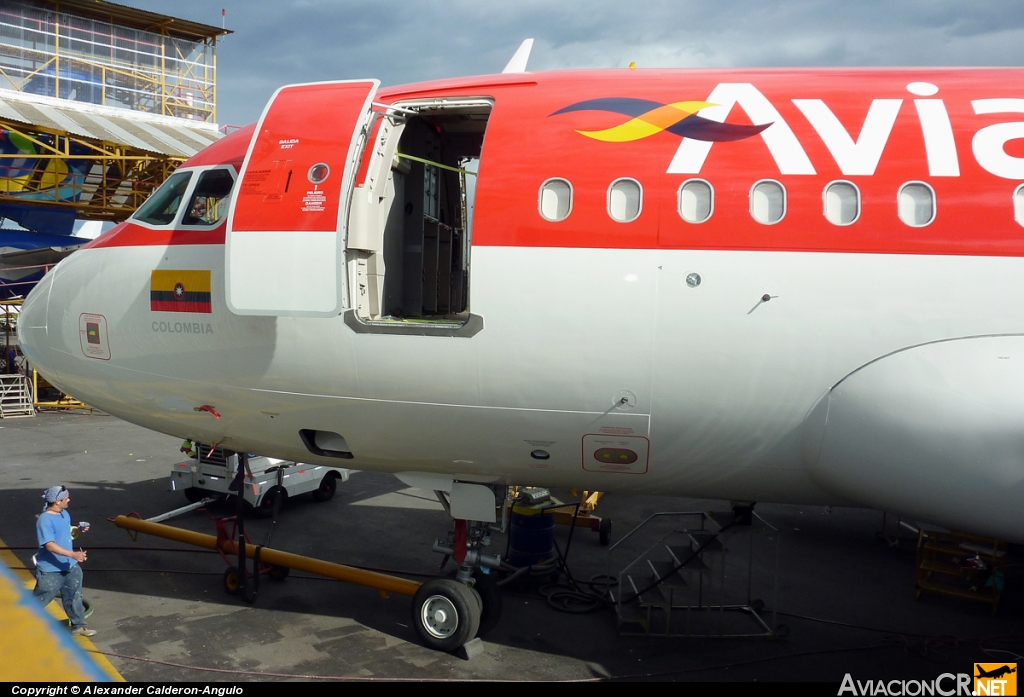 - Airbus A318-111 - Avianca Colombia