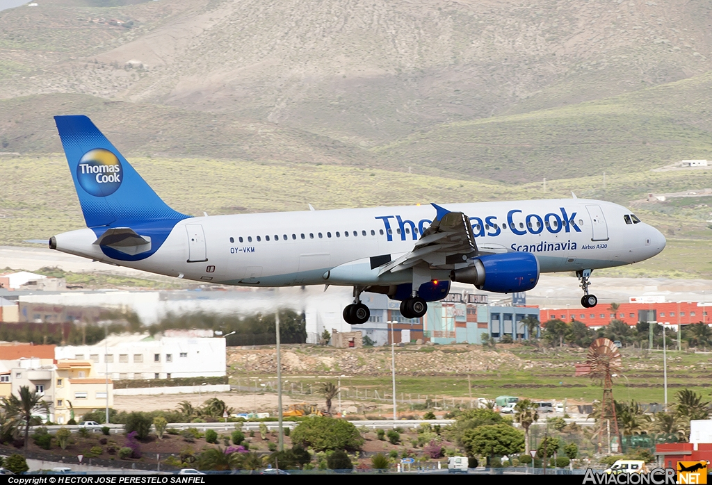 OY-VKM - Airbus A320-214 - Thomas Cook Airlines Scandinavia