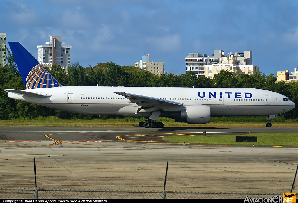 N76010 - Boeing 777-224(ER) - United Airlines (Continental Airlines)