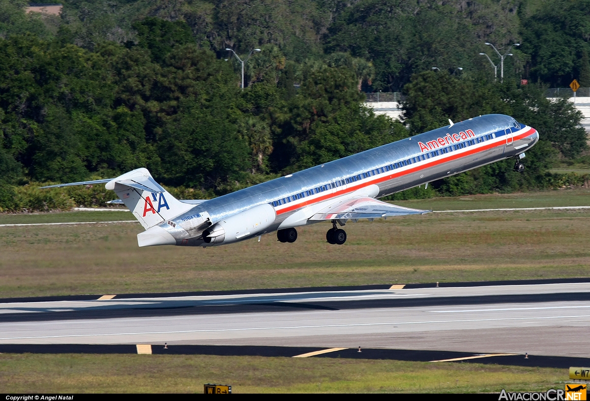 N964TW - McDonnell Douglas MD-83 - American Airlines