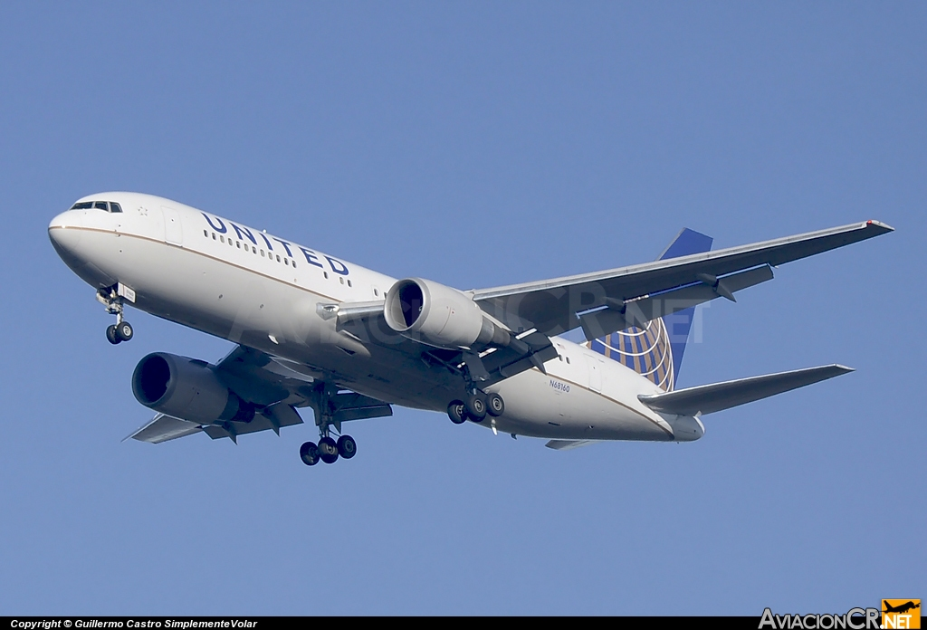 N68160 - Boeing 767-224/ER - Continental Airlines