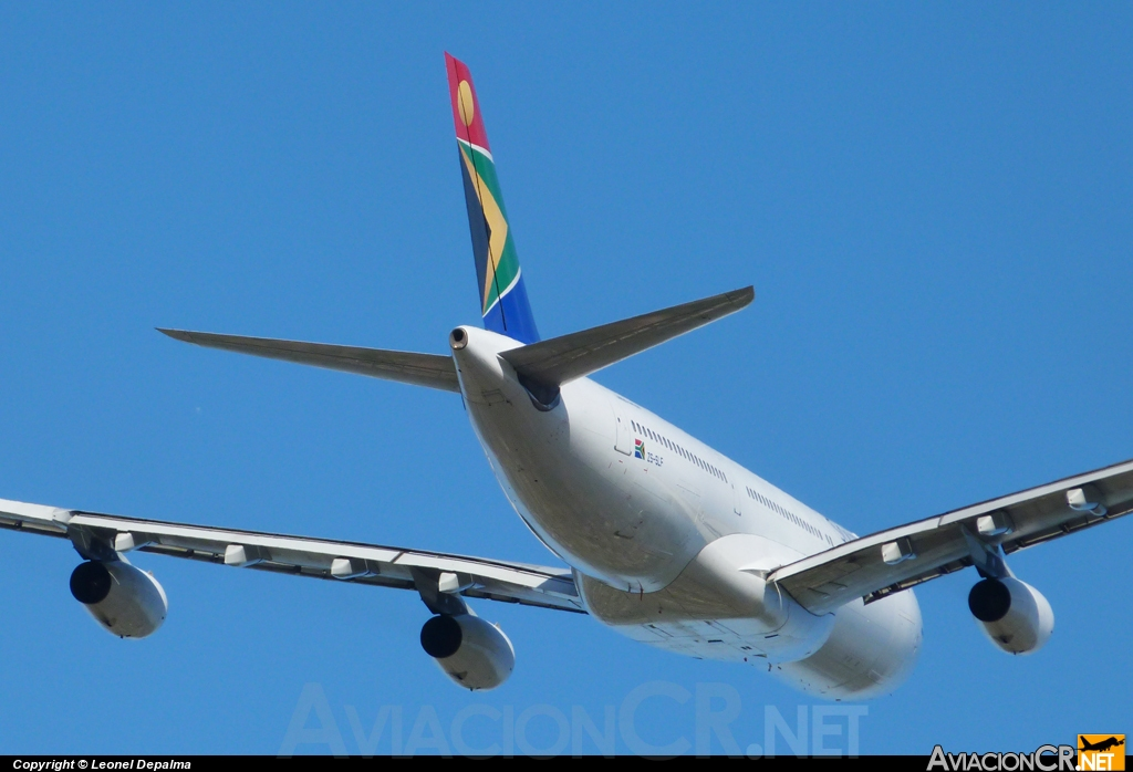 ZS-SLF - Airbus A340-211 - South African Airways