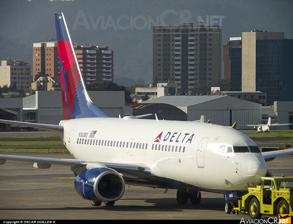 N302DQ - Boeing 737-732 - Delta Air Lines