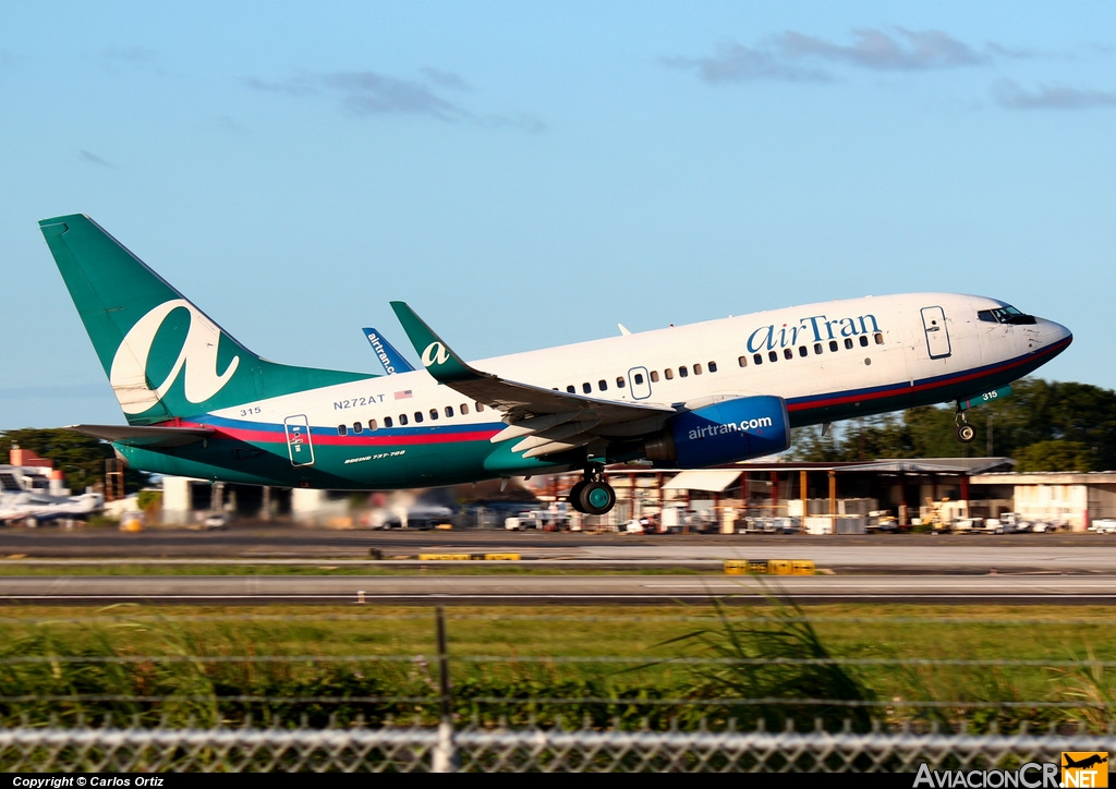 N272AT - Boeing 737-724 - Air Tran