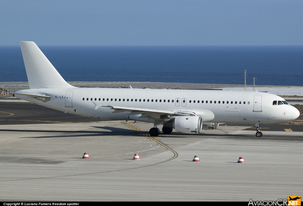 YL-LCJ - Airbus A320-214 - SmartLynx Airlines