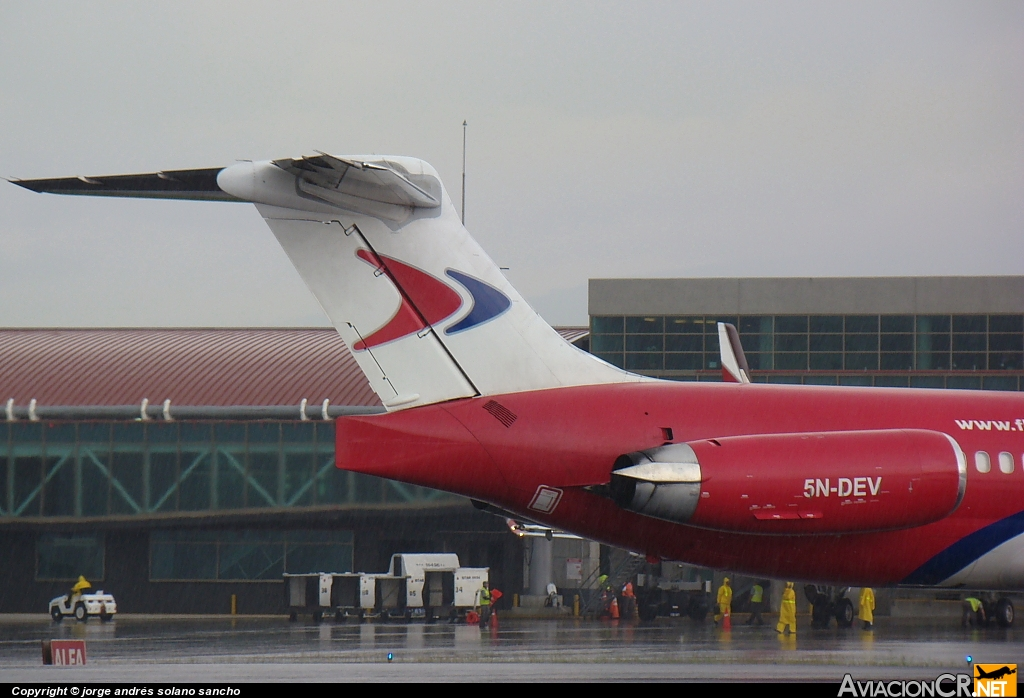5N-DEV - McDonnell Douglas MD-83 (DC-9-83) - Dana Air
