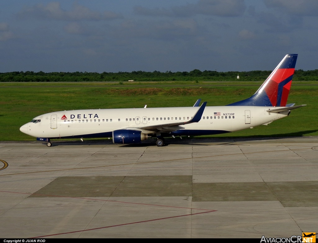 N3739P - Boeing 737-832 - Delta Airlines