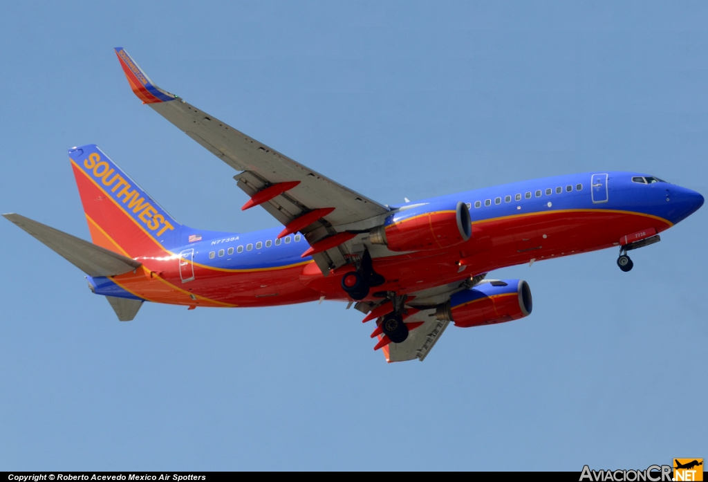 N7738A - Boeing 737-7BD - Southwest Airlines