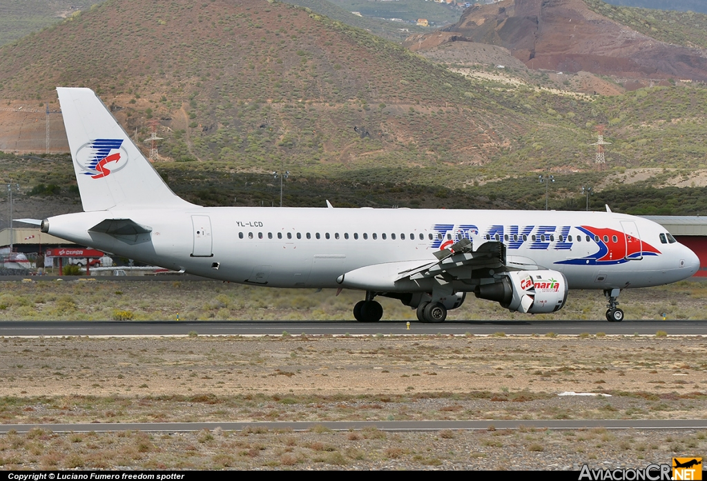 YL-LCD - Airbus A320-211 - Travel Service