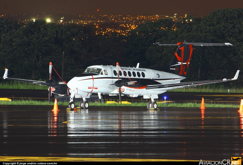N80709 - Beechcraft Super King Air 350 (B300) - Privado