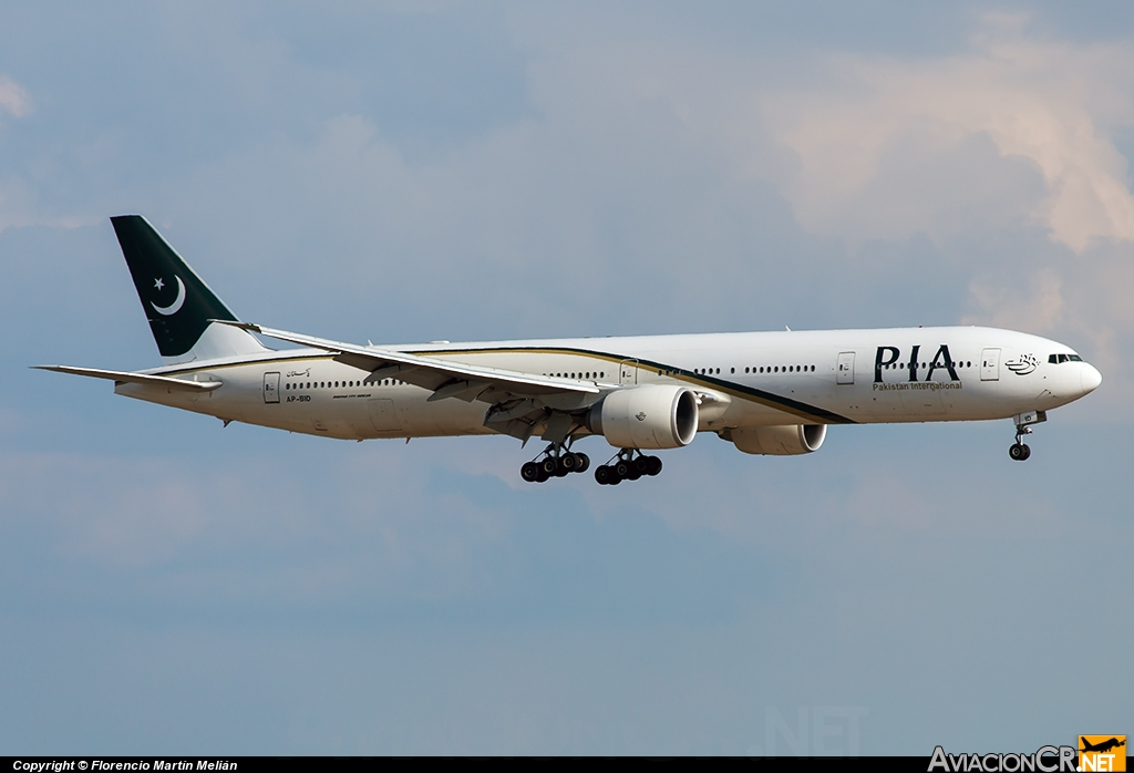AP-BID - Boeing 777-340/ER - Pakistan International Airlines (PIA)