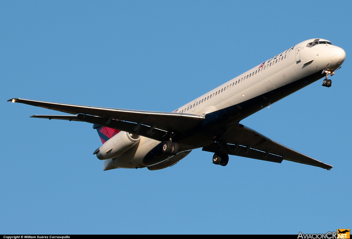 N931DL - McDonnell Douglas MD-88 - Delta Air Lines