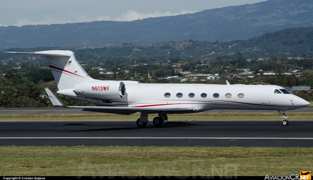 N613WF - Bombardier BD-700-1A10 Global Express - Privado